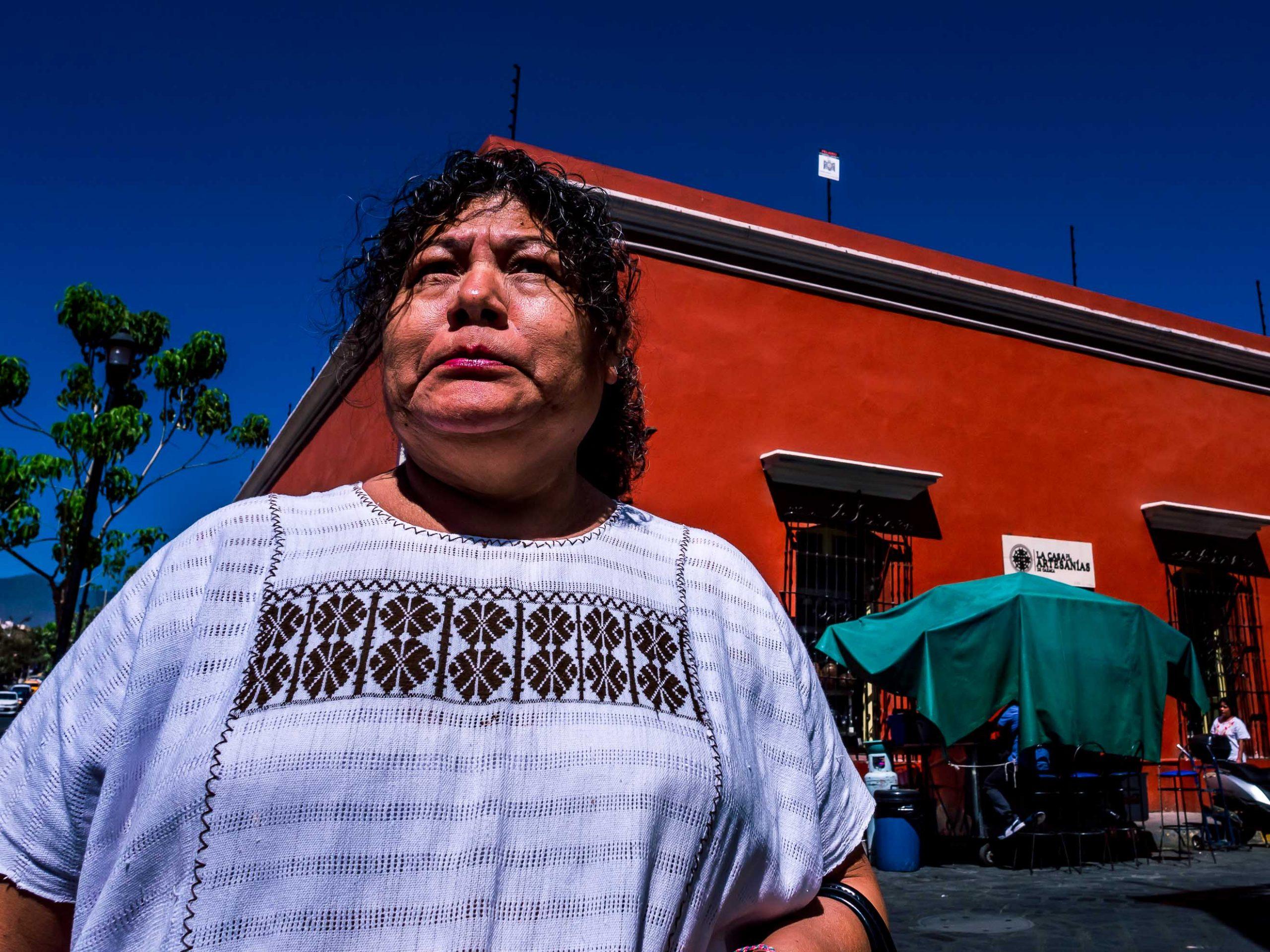 An einer Straßenecke in Oaxaca, Mexiko